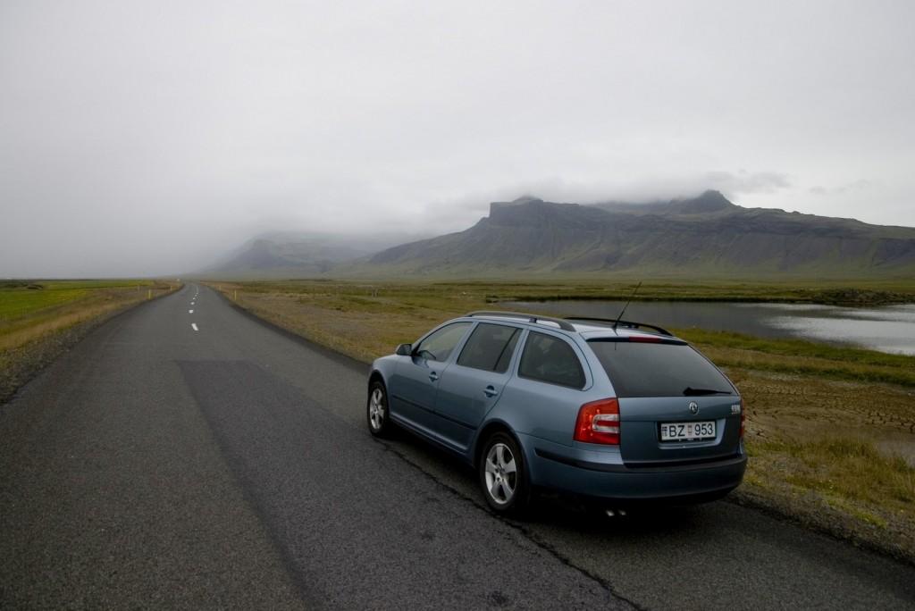 ICELAND (9r)