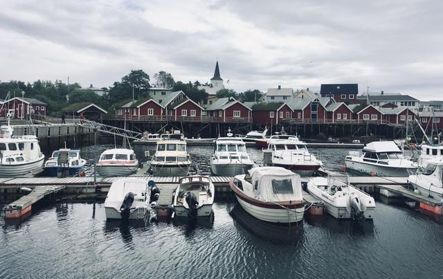 Lofoten norway reine lofoti norveska